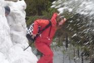 Вход на праздник под снежным градом...