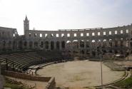 Римский амфитеатр в Пуле
