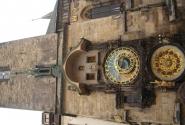 Часики Орлой на Староместской площади