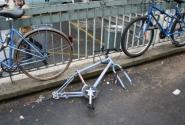 Опасно оставлять велосипеды на ночь в Париже