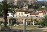 У подножия Акрополя