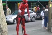 Красный мим (или чёрт)