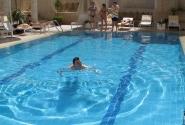 хорошо с утра поплавать!