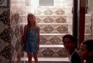 дверь за местными хлопцами-комната секьюрити