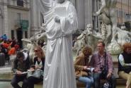 """Статуя Свободы"" на Площади Навонна"