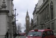 Знаменитое лондонское такси.
