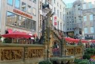 Кельн,фонтан с гномами