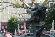 Современный фонтан
