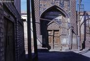 Бухара. Ворота жилого дома