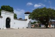 Испанская крепость Польвора на окраине Гранады призвана была защищать город от индейцев.