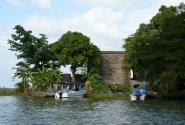 Испанский форт на озере Никарагуа.