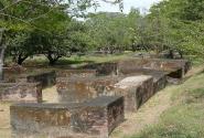Руины старого Леона
