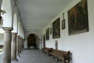 Галерея в монастыре Святого Франциска.