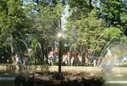 По словам Сильвианы - именно фонтаны придают блеск Петергофу! Кто бы спорил.