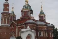 Брусенский монастырь в центре города.