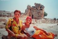 А Турции мы были с мамой. На развалинах ХИЕРаполиса.