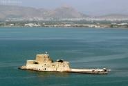 Крепость в море.