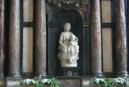 Микеланджело. В соборе Брюгге