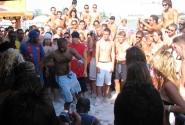 Парни танцуют R'n'B. Болеем за наших! Пляж Нисси Бич