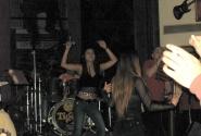 Финская группа выступает в Hard Rock