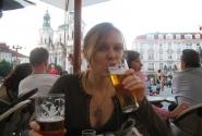Пиво на самой известной площади! Названия не пишу. Думаю все догадались)