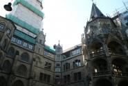 Во дворе старой ратуши