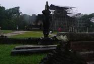 статуя Бодхисатвы