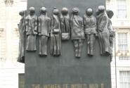 Ех...надо было в загадки. Памятник погибшим женщинам на войне