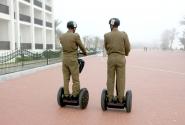 Полицейские на сигвеях