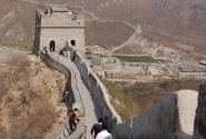 Великая китайская стена. Враги слева, Китай справа.