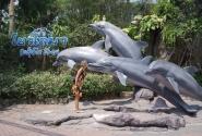 Перед входом на шоу дельфинов