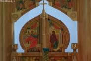Внутри женского монастыря