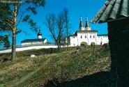 Ферапонтов монастырь. Надвратная церковь