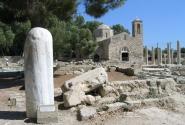 Кипр. Пафос. Церковь Хрисополитисса и колонна Святого Павла