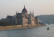 Будапешт. Вид на Парламент с моста Маргит