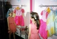 Музей Барби, где можно нарядится в разные костюмы и обвеситься всем, что попадет под руку