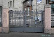 Ворота в курдонер дома Лидваля
