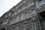 ул. Марата, дом 6 - доходный дом. Перестроен в 1877 году, по проекту А. В. Иванова