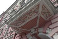 дом № 17 - дом И. Л. Тузова. Постройка 1894—1895 годов, архитектор А. В. Иванов