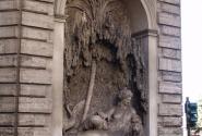 Один из 4 - х на улице 4 - х фонтанов