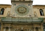 Палаццо Капитано. Астрономические часы 12 века.