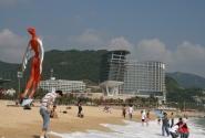 Пляж муниципальный, бесплатный. И чистый.