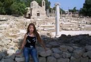 С видом на храм св. Кирияки -Панагия