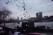 Лондон встретил дождём