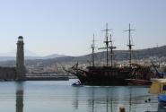 остров Крит..порт