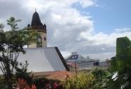 Панорама на порт со стороны Католического собора (Розо, остров Доминика)