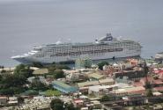 """Панорама Розо с лайнером """"See Princess"""" (остров Доминика)"""