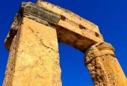 Вот как надежно строили древние! На сотни лет вперед