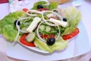 """Это салат """"Цезарь"""". Похож?"""
