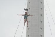 Прыжок с парк отеля